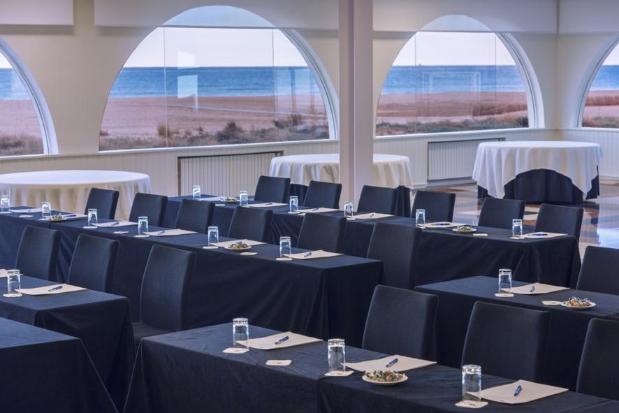 Vols conèixer el nostre Beach Meeting Playafels?